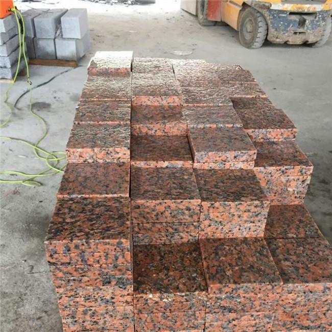 Flamed  G562 red granite tiles