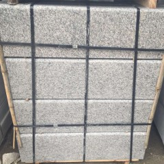 Polished G623 silver grey granite road kerbs
